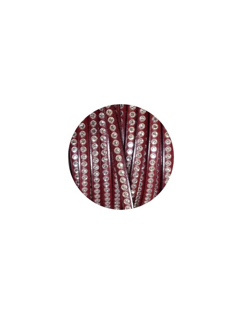 Cordon de cuir plat 6mm bordeaux avec strass vendu au mètre